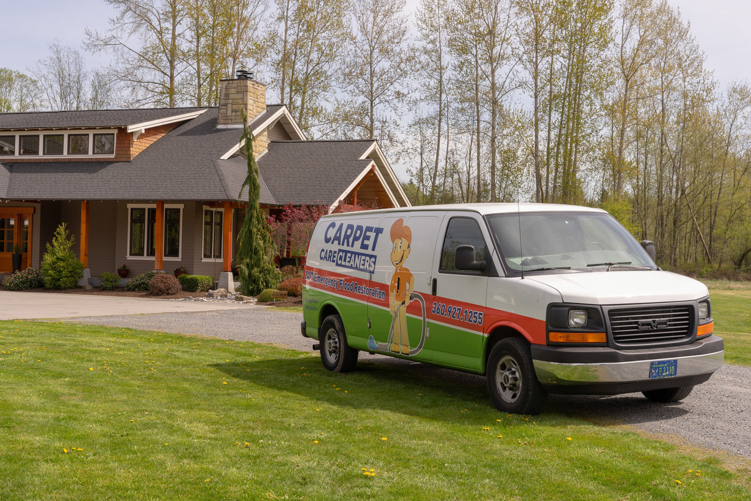 Carpet Care Cleaners logo